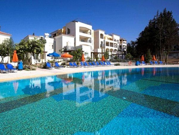 Апартамент недалеко от моря в Пафосе